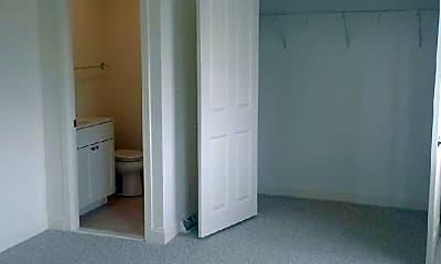 Bedroom, 73 Pond St, 1