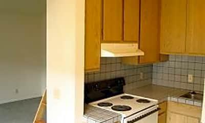 Kitchen, 470 SPENCER STREET, 1