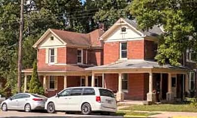 Building, 102 S Elm St, 1
