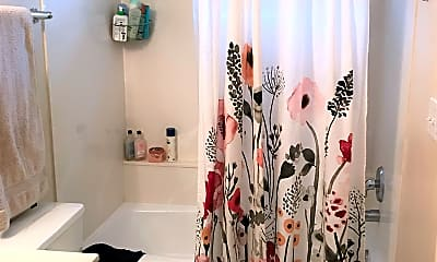 Bathroom, 363 Belmont Pl, 2