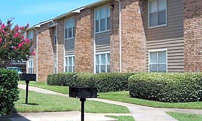 Building, Solarium Apartments, 2