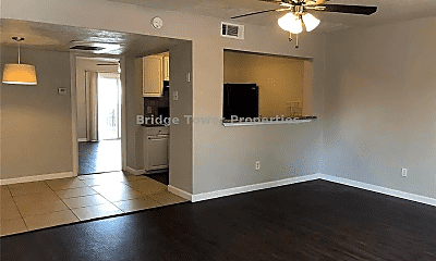 Living Room, 2910 Throckmorton St, 1