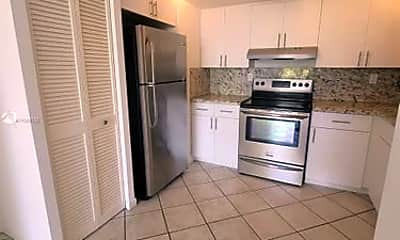 Kitchen, 7832 Collins Ave, 0