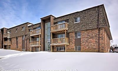 Building, 809 N. 121st St, 2