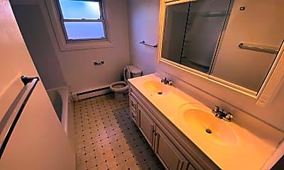 Bathroom, 226 Hartley Rd, 2