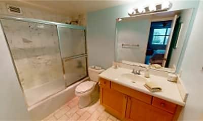 Bathroom, 5200 N Ocean Blvd, 2