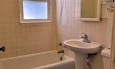 Bathroom, 423 Alderson Ave, 2