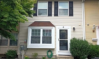 6 Guinevere Ct, 1