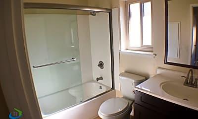 Bathroom, 245 Washington St, 2