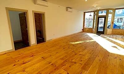 Living Room, 47 Lander St, 1