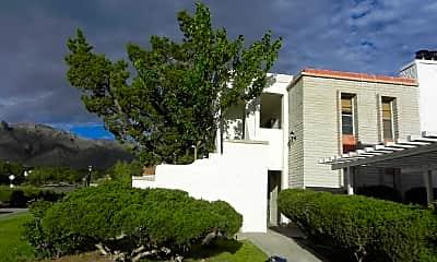 Building, 6201 Escondido Dr 16H, 0