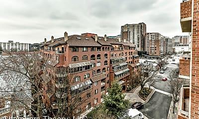 Building, 1050 N Stuart St, 2