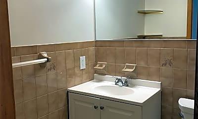 Bathroom, 1310 46th St 2, 2