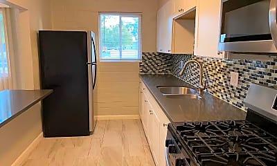 Kitchen, 710 W 5th St, 1