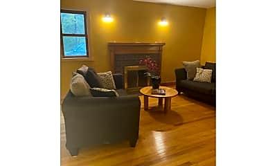 Living Room, 17 High St, 0