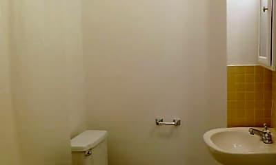 Bathroom, 142 Summit St, 2