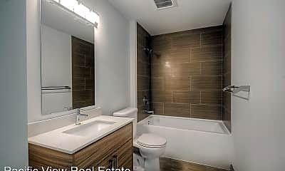 Bathroom, 414 NE Ravenna Blvd, 0
