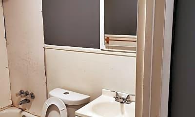Bathroom, 167 Butler Way, 2