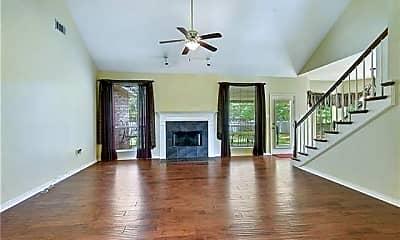 Living Room, 1025 Forest Ridge Loop, 1