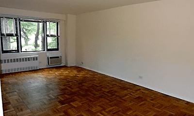 Living Room, 12354 83rd Ave, 0