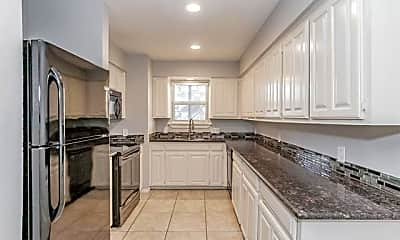 Kitchen, 6616 Berke Pl B, 1