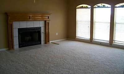 Living Room, 405 SE Lancelot Ln, 1