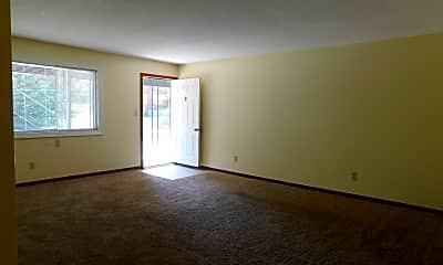 Living Room, 435 Boswell Ave, 2