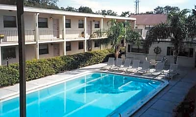 Sandanay Apartments, 1