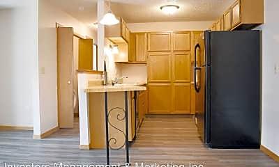 Kitchen, 707 6th Avenue SW, 1