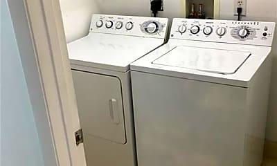 Kitchen, 3330 NE 190th St 2811, 2