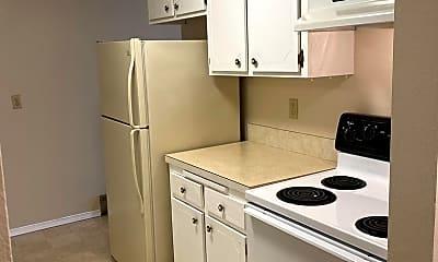 Kitchen, 625 N 130th St, 1