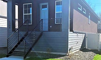 Building, 1708 S Leadville Ave, 2