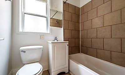 Bathroom, 7800 S Kingston Ave, 2