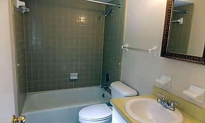 Bathroom, 6432 Ashwood Dr, 2