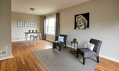 Living Room, 7627 Poe Ave, 0