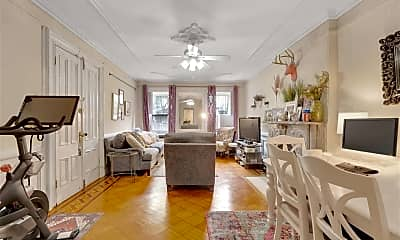 Living Room, 918 Hudson St GROUND, 1