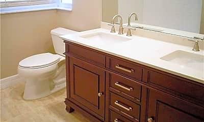 Bathroom, 664 Worthington Dr, 2