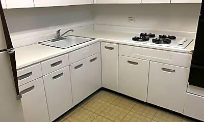 Kitchen, 501 Sheridan Rd, 1