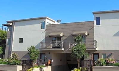 5056 Laurel Canyon Blvd, 1