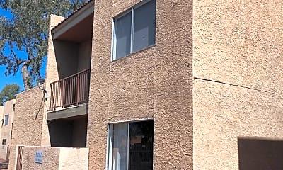 Building, 2838 E Marconi Ave 103, 0