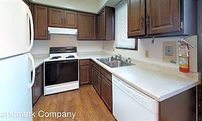 Kitchen, 922 W MacArthur Ave, 1