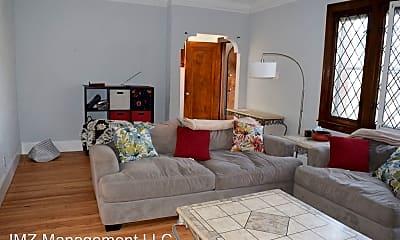 Living Room, 16190 Roselawn St, 2