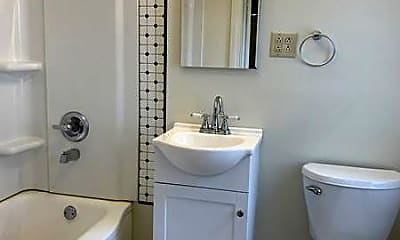 Bathroom, 1101 Eberts Ln 6, 2