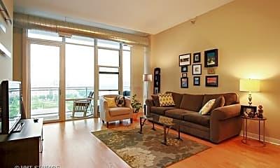 Living Room, 901 W Madison St 701, 1