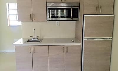 Kitchen, 1007 SE 2nd Ct, 2