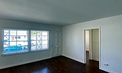 Living Room, 4738 Carfax Ave, 0