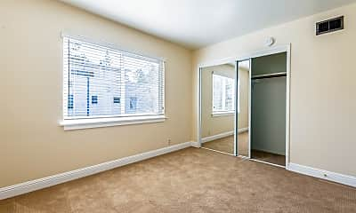 Bedroom, 19 Belle Avenue, Unit 9, 1