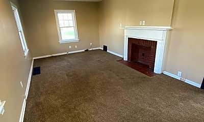 Bedroom, 515 Riverside Ave, 1