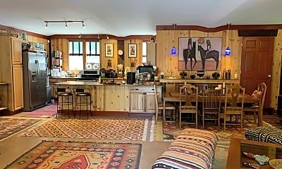 Living Room, 753 E 200 S, 0