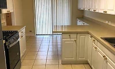 Kitchen, 713 Shoreline Cir, 1